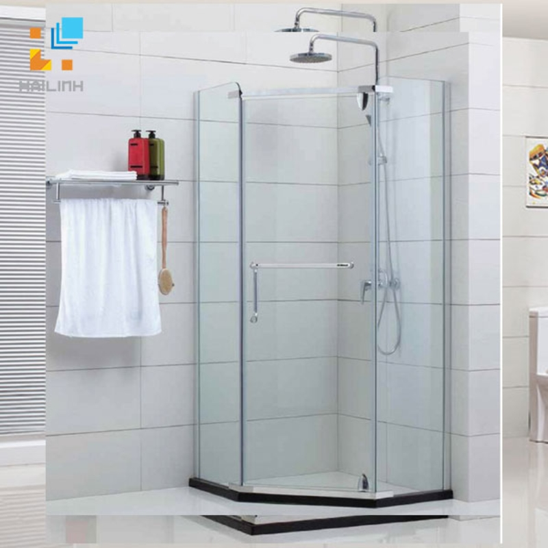 Phòng tắm kính Fendi FIV 1X3